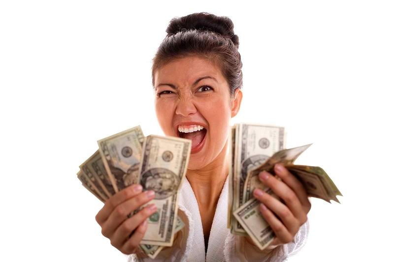 женщина с долларами
